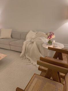 Dream Home Design, Home Interior Design, House Design, Aesthetic Room Decor, Apartment Interior, Dream Rooms, My New Room, Minimalist Home, House Rooms