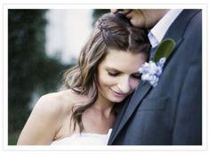 Sugestões de penteados para noivas românticas Image: 0