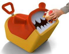 """Una caja de juguetes monstruo que """"come"""" juguetes.  Ayuda a los niños a aprender a recoger sus juguetes y tiene ruedaspara que se puedan montar en él, haciendo la labor más divertida.  Diseñado porTzung-Yu Lu"""