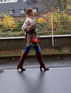 Tall Boots Outfit, Winter Boots Outfits, Red Boots, Outfit Winter, Brown Boots, Burgundy Knee High Boots, Thigh High Boots Heels, Houndstooth Jacket, Classic Outfits