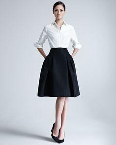 Carolina Herrera Silk Taffeta Shirt & Faille Party Skirt : SilkTaffeta Shirt combined with White Shirt always makes a perfect classy style. Carolina Herrera, Black And White Outfit, Black White, Dress Skirt, Dress Up, Pleated Skirt, Winter Typ, Looks Black, Party Skirt