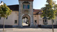 Restaurant Schloss Oberhofen - Schwez Restaurant, Vacation Travel, Environment, Nice Asses, Diner Restaurant, Restaurants, Dining
