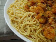 γαριδομακαροναδα ευκολη τελεια! Cookbook Recipes, Cooking Recipes, Spaghetti, Baking, Ethnic Recipes, Food, Chef Recipes, Bakken, Essen