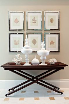 Is there any piece of furniture more versatile than the console table? Here are 25 ways to decorate a console table in your home. Home Interior, Interior Decorating, Interior Design, Interior Ideas, Decorating Ideas, Decor Ideas, Tables Tableaux, Diy Home Decor, Room Decor