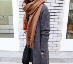 Tan scarf + grey coat: such a stylish combo!