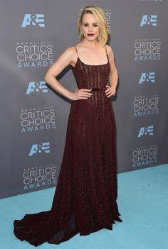 A atriz Rachel McAdams no red carpet do Critic's Choice Awards 2016.