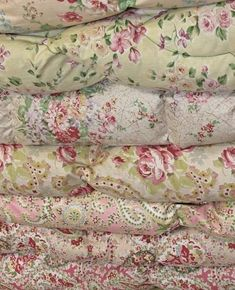 Beautiful pile english vintage eiderdowns