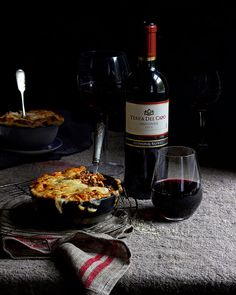 Fond memories of Tuscany come to life in this lasagna packed with beef, wild boar, porcini mushrooms and a really rich bechamel. Porcini Mushrooms, Stuffed Mushrooms, Healthy Family Meals, Healthy Snacks, Delicious Desserts, Dessert Recipes, Pizza Recipes, Pork Mince, South African Recipes