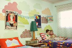 Doing vintage mismatched items is the perfect way to put different kids in the same room!