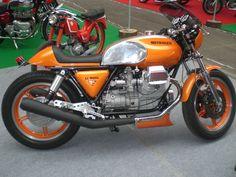 Moto Guzzi 1000 Le Mans 1000cc OHV | Salon de la moto d'exce… | Flickr Triumph Chopper, Automobile, Cool Motorcycles, Moto Guzzi, Sidecar, Cool Bikes, Le Mans, Ducati, Motorbikes