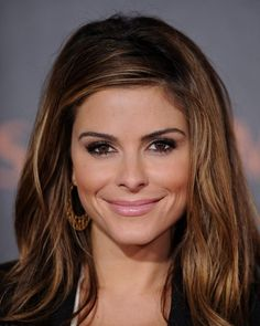 Maria Menounos Beauty. I love her eyes and the colour of her lips, her hair down with a bit of body gives off a natural look
