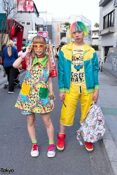 Haruka Kurebayashi & Junnyan in Harajuku w/ kawaii fashion by 90884, Dress 'N Dazzle & more! http://tokyofashion.com/kawaii-90884-dress-dress-n-dazzle-harajuku/ … pic.twitter.com/NzagZMZA9R