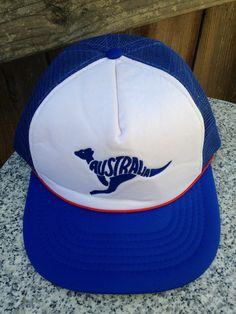 1980s Australia kangaroo blue snapback red by twinflamesboutique