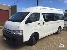 2006 TOYOTA HIACE COMMUTER For Sale $19,900 Manual People Mover | CarsGuide