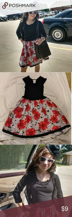 Bonnie Jean little girl's dress. Bonnie Jean little girl's dress. Size 10 multi color, red black, white and grey. Very pretty❣️ Bonnie Jean Dresses