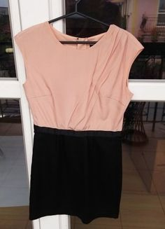 Kup mój przedmiot na #vintedpl http://www.vinted.pl/damska-odziez/krotkie-sukienki/15535180-sukienka-reserved-idealna-na-jesien-swieta