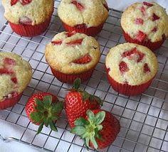 """Jane's Sweets & Baking Journal: Strawberries and Cream Muffins: """"I do beseech you . . ."""""""