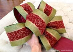 How to Make a Bow. Step-by-step for Christmas Decorating & Wreaths.