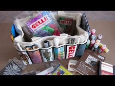 5 min of great travel art tips! Gelli™ Printing On-the-Go + Travel Art Bag Giveaway! (Giveaway deadline is Dec 19, 2014)