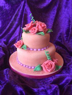 Ein rosa #Torten Traum für echte Genießer aus der #Konditorei Café Held am #Tegernsee www.cafe-konditorei-held.de Bad Wiessee, Held, Birthday Cake, Desserts, Pink, Holiday, Tailgate Desserts, Deserts, Birthday Cakes