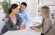 Professional business meeting: young couple as customers and an adviser for finance, investment or insurance. Group Life Insurance, Assurance Habitation, Substance Abuse Counseling, Courtier, How To Focus Better, Car Finance, Relationship Problems, Relationships, Wealth Management