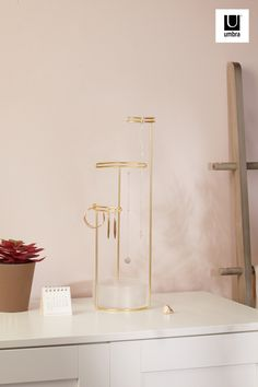 $32 · Why not romance yourself this year? Give yourself the gift of organization with Tesora Jewelry Stand - Able to hold all of your accessories and looks great with your pre-existing décor. Jewelry Tree, Jewelry Stand, Wall Organization, Jewelry Organization, Jewellery Storage, Hostess Gifts, Gifts For Women, Sconces, Wall Lights