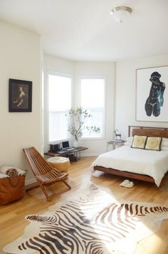 House Tour: Warm Colors and Art in a Rental Apartment   Apartment Therapy
