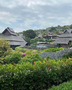 "Aden Rehan on Instagram: ""No filter life in Samui 🏝"" Marine National Park, National Parks, Laying On The Beach, Moon Beach, Jungle House, Koh Samui Thailand, Koh Phangan, Beach Road, Historical Landmarks"