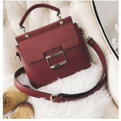 Stylish Trendy Handbags Ideas for 2020 – Purses And Handbags Totes Popular Handbags, Trendy Handbags, Cute Handbags, Cheap Handbags, Cheap Bags, Fashion Handbags, Purses And Handbags, Fashion Bags, Leather Handbags
