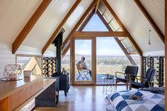 Gallery of JR's Hut at Kimo Estate / Anthony Hunt Design + Luke Stanley Architects - 2