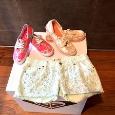 Lo que te hacía falta para esta nueva semana… #ZapatosROXY #ShortsROXY #Chicas #Colombia #Style