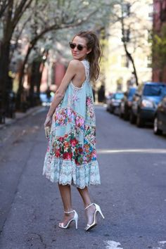 Street Style With Summer Floral Dress With Shades