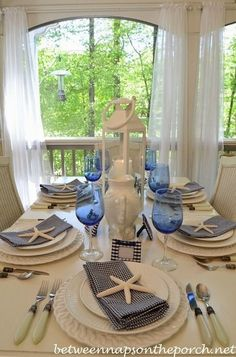 Navy and White: Great for a Nautical Themed Table Setting Blue and white are the perfect colors to create a coastal casual nautical table setting! Coastal Living Rooms, Coastal Cottage, Coastal Decor, Coastal Colors, Cottage Living, Table Nautique, Party Decoration, Table Decorations, Centerpieces
