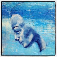 Jumping off a cliff into a sea called Outside My Comfort Zone (but somewhere I want to go). This actually half looks like a face (or should that be looks like half a face lol). #mixedmedia #ohcrapohcrapthisisscary #artist #artismyteacher #artstagram #acrylics #goldenacrylics #underpainting #irisimpressionsart #beabitmoreyou