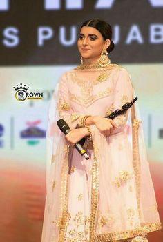 Just for Aly❤️ Bridal Suits Punjabi, Latest Punjabi Suits, Pakistani Dresses, Indian Dresses, Nimrat Khaira, Punjabi Suits Designer Boutique, Bridesmaid Saree, Modern Suits, Indian Bridal Outfits