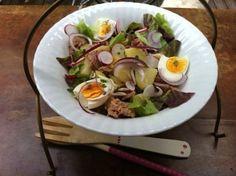 Salaatti joka tuo kesän mieleen: perunatonnikalasalaatti