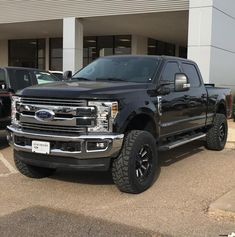 2017 Ford Super Duty equipped with a Fabtech System Ford Diesel, Diesel Trucks, Lifted Trucks, Ford Trucks, Ford F150 Fx4, 4x4, Future Trucks, Ford Super Duty, Ford Ranger