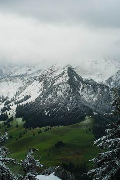 Swiss Alps by (kelvs)