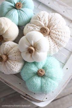 Sweater Pumpkins, Fall Pumpkins, Thanksgiving Crafts, Holiday Crafts, Diy Autumn Crafts, Diy Crafts For Home, Fabric Pumpkins, Burlap Pumpkins, Diy Pumpkin