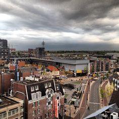 #MooiTilburg de avond valt over het centrum - @janvaneijndhoven- #Instagram