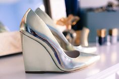 Alice + Olivia Odell mirrored wedgepumps