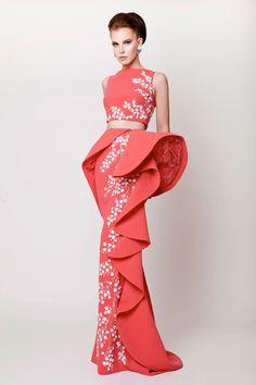 Checkout this amazing creation from Azzis & Osta #azzisandosta #worldwidecouture #wwc #hautecouture #fashion http://www.azziandosta.com http://www.worldwidecouture.com