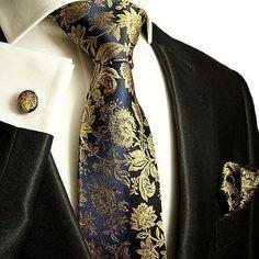 Gentleman Mode, Gentleman Style, Sharp Dressed Man, Well Dressed Men, Moda Men, Casual Mode, Navy Gold, Gold Silk, Dark Navy