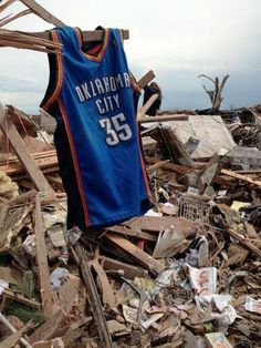 Kevin Durant Donates $1 Million to Oklahoma Tornado Relief  I started reading this and read the 1$ part and just was like wow...then read on and was like WOW! #GoodGuy