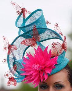 Ladies day at the Royal Ascot Sombreros Fascinator, Fascinator Hats, Fascinators, Headpieces, Funky Hats, Crazy Hats, Turbans, Royal Ascot Hats, Kentucky Derby Hats