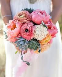 Beautiful summer bouquet of peonies, fully bloomed ranunculous, succulents & balsa wood flowers! Wedding Trends, Wedding Blog, Wedding Styles, Our Wedding, Dream Wedding, Wedding Ideas, Wedding Photos, Floral Wedding, Wedding Bouquets