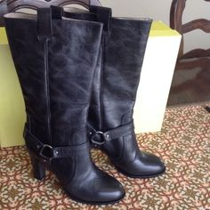 "New DKNY knee high Black Boots Brand new in box...black DKNY boots in a size 9. Made in Italy Heel measures approximately 4 inches, pull on boots. Heel to top of boot measure approx. 15"" DKNY Shoes Heeled Boots"