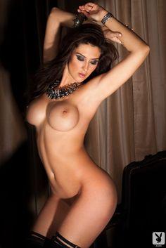Natural big tits tiny waist