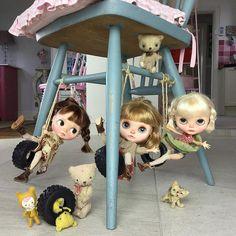 """""""Oooh ooh aah aah we're the three little monkeys!""""monkeys #simonealbergaria #K07…"""
