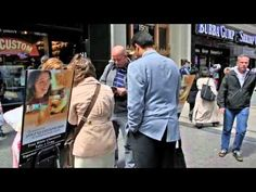 New York - Jehovah's Witnesses in Manhattan. Metropolitan public witnessing with #literature_carts
